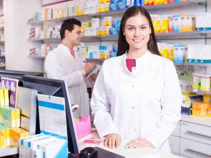 how-to-become-a-pharmacy-assistant